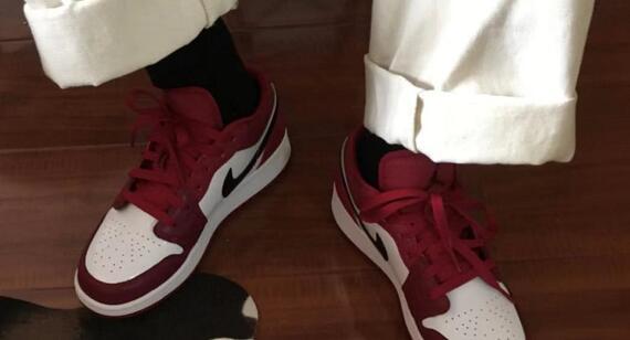 ND官网购Air Jordan 1 Low酒红男士低帮篮球鞋75折$67.5