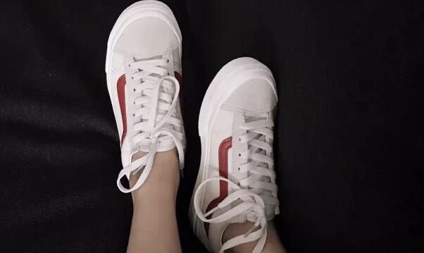 VANS Old Skool 白红条大童款帆布鞋 海淘凑单价$46.74