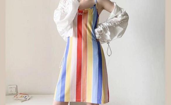 补码!Nike彩虹吊带裙75折价$37.5(约262元)