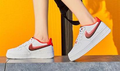 新款!速抢!Nike Air Force 1 大童款篮球鞋 售价$85!